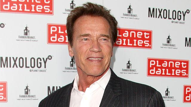 Arnold Schwarzenegger Counts to 'Ten'