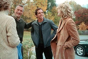 Dina ( Blythe Danner ) and Jack Byrnes ( Robert De Niro ) meet Greg Focker ( Ben Stiller ), their daughter Pam's ( Teri Polo ) new boyfriend in Universal's Meet The Parents
