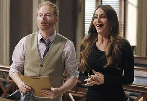 "Jesse Tyler Ferguson, Sofia Vergara | Photo Credits: Peter ""Hopper"" Stone/ABC"