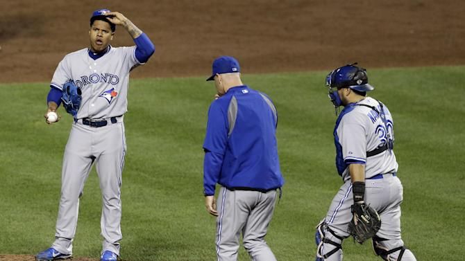Blue Jays lose ground in 5-2 loss to Orioles