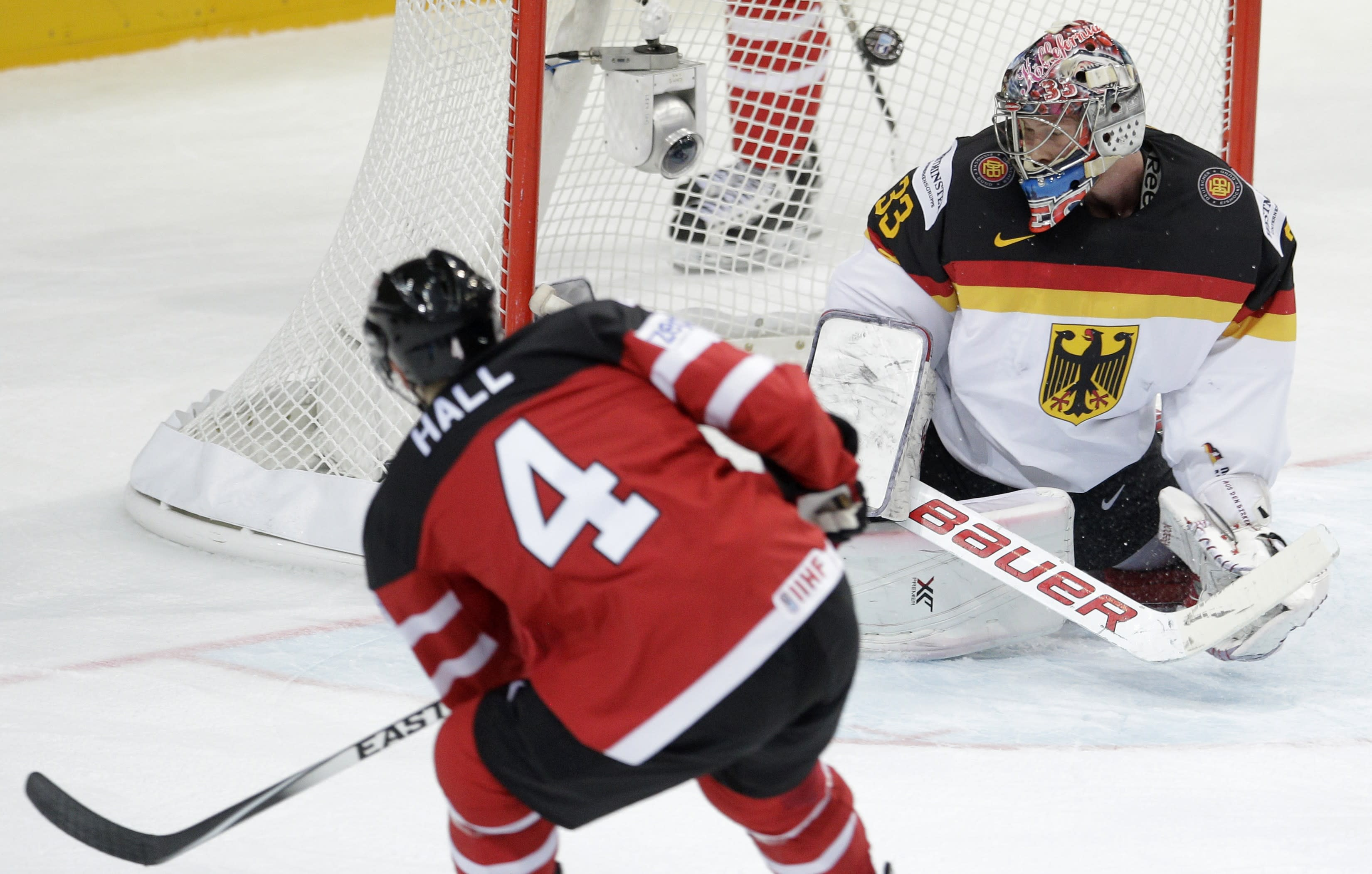 Canada beats Germany 10-0 at ice hockey worlds
