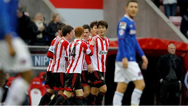 FA Cup - Sunderland give Poyet a boost with Carlisle Cup win