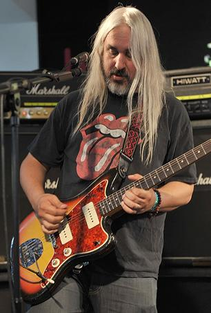 Dinosaur Jr. Leader Says He Nearly Joined Nirvana Twice