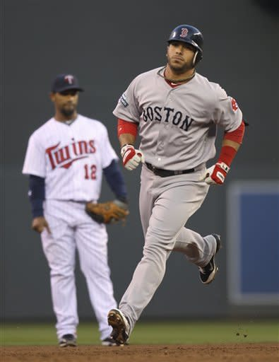 Red Sox bullpen hangs on for 7-6 win over Twins
