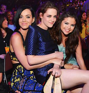 Katy Perry Hangs Out With Kristen Stewart, Selena Gomez at Kids' Choice Awards Post-John Mayer Split