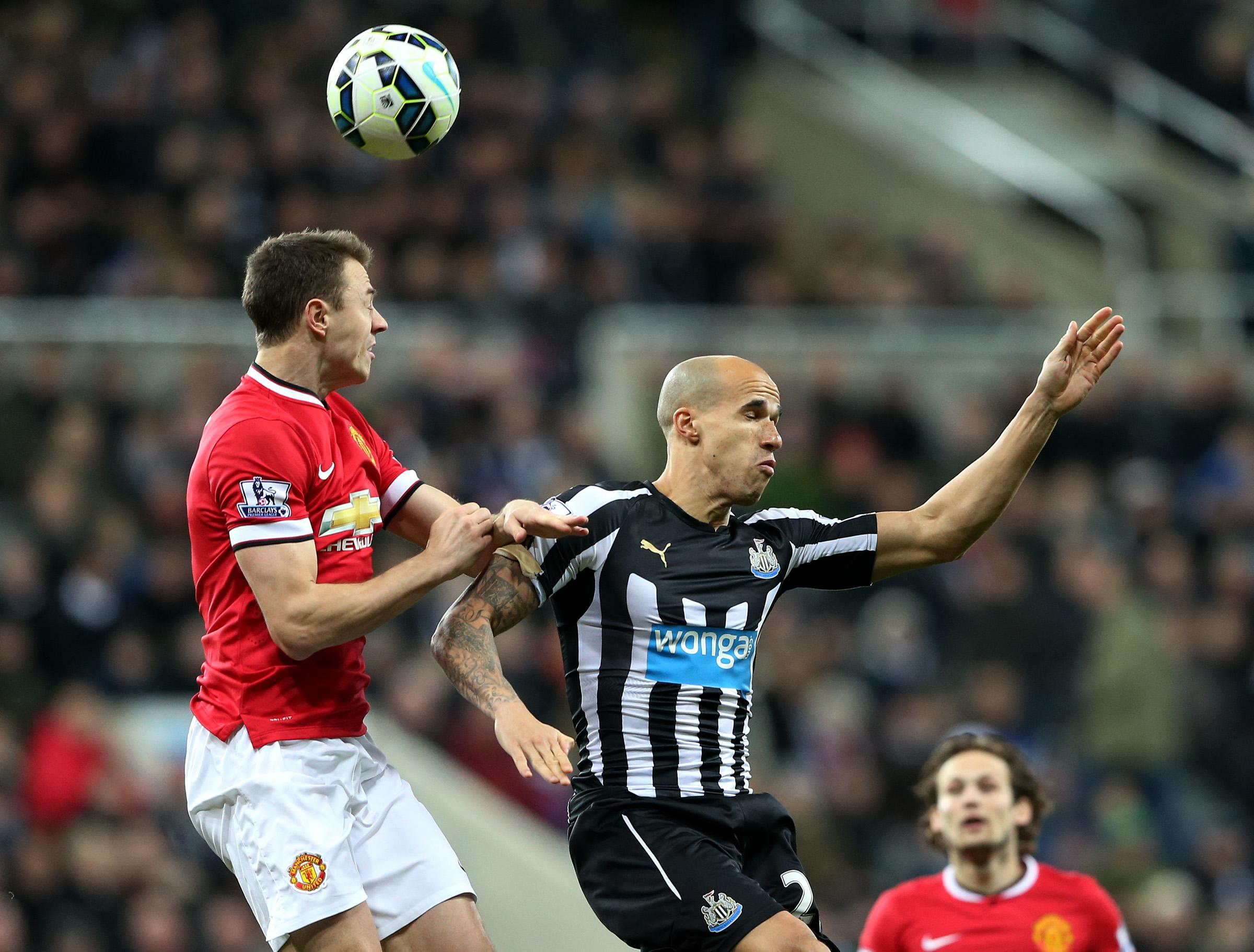Evans issues denial, Cisse apology after spitting incident