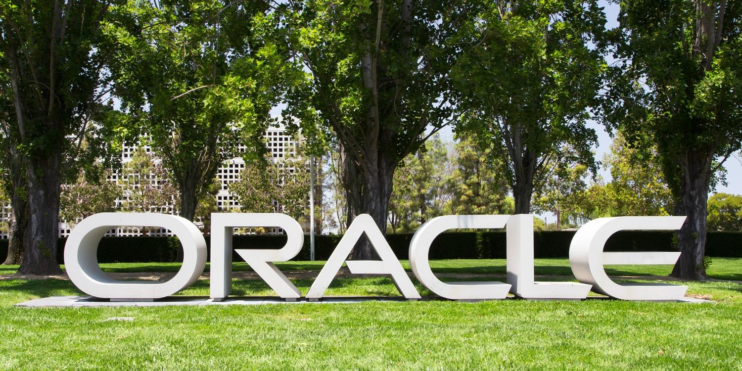 Oracle says your old Java executable might install malware