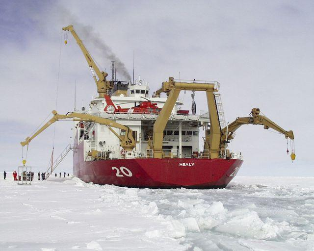 Obama deplores climate change in the Arctic, but will deploy more icebreakers there anyway