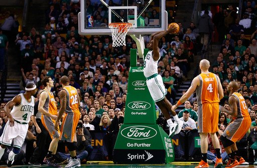 BOSTON, MA - JANUARY 9: Jeff Green #8 of the Boston Celtics dunks the ball against the Phoenix Suns during the game on January 9, 2013 at TD Garden in Boston, Massachusetts. (Photo by Jared Wickerham/Getty Images)