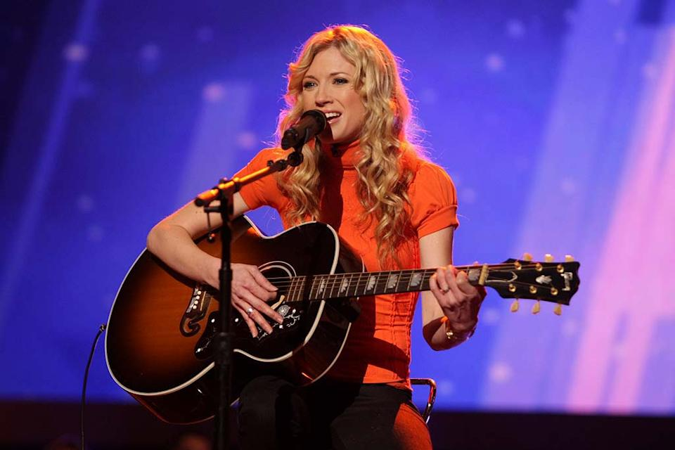 Brooke White performs as one of the top 20 contestants on the 7th season of American Idol.