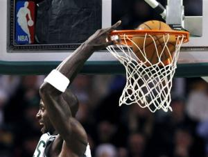 Pierce, Bass carry Celtics over Magic, 87-56