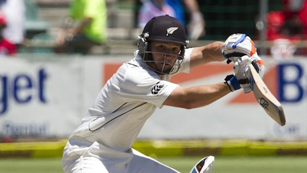 New Zealand&#39;s BJ Watling plays a shot on day three of the second test cricket match against South Africa in Port Elizabeth