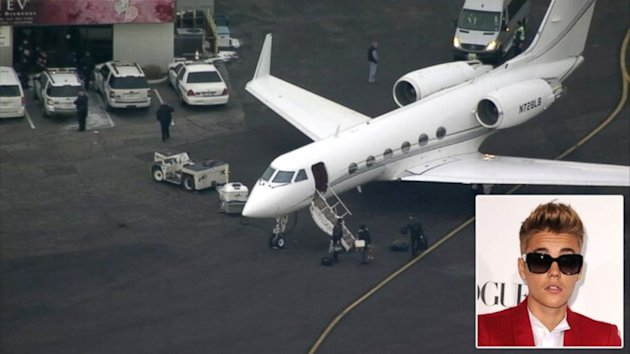 Justin Bieber's Plane Held in NJ on Suspicion of Marijuana (ABC News)