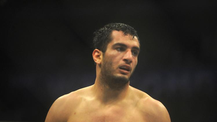 MMA: Strikeforce- Mousasi vs. Kyle