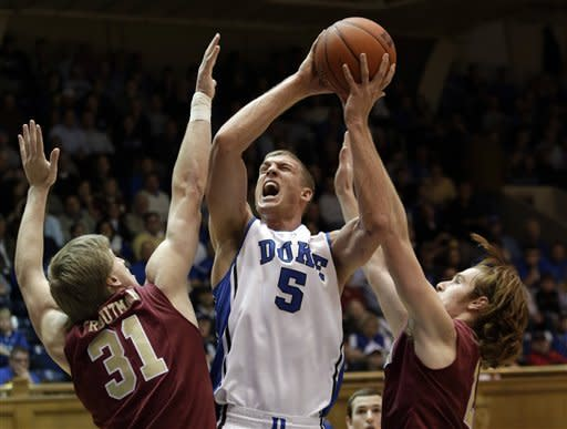 Plumlee leads No. 1 Duke past Elon 76-54