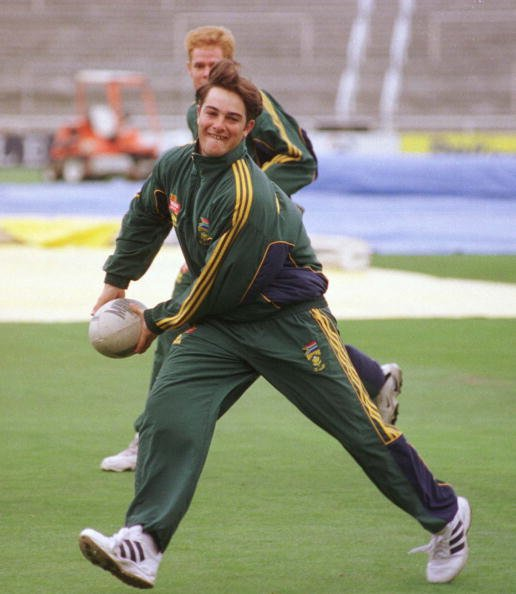 CHRISTCHURCH, NEW ZEALAND - MARCH 13:  South Africa's Mark Boucher shows his rugby skills during the rain effected third day of the second test against New Zealand, at Jade Stadium, Christchurch, Satu