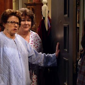 Mike & Molly - Aunt Rosemary