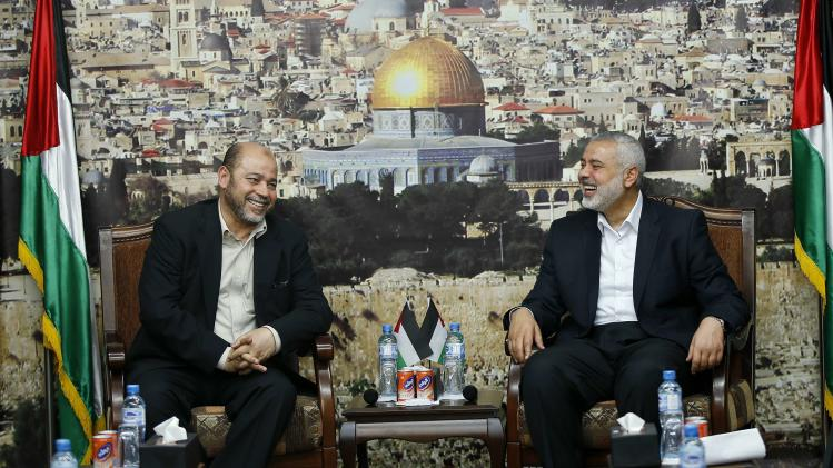 Senior Hamas leader Abu Marzouk meets with Haniyeh in Gaza City
