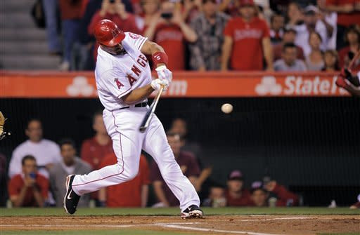 Pujols hitless, but Angels beat Royals in opener