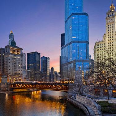 Chicago-riverside_web