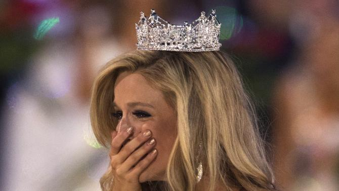 Miss New York Kira Kazantsev reacts after she was announced winner of the 2015 Miss America Competition in Atlantic City, New Jersey
