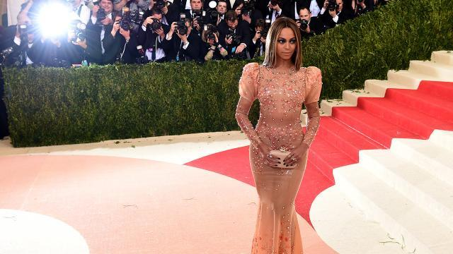 Beyonce Ditches Jay Z and Her Wedding Ring for the Met Gala, Goes Flesh Tone With Latex Dress