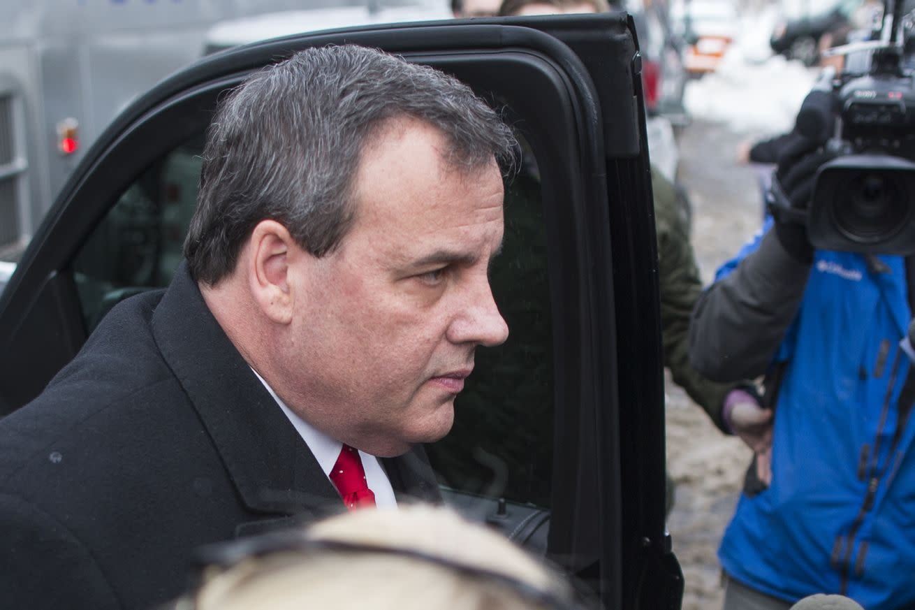 Chris Christie drops out after reshaping the presidential race by tanking Marco Rubio