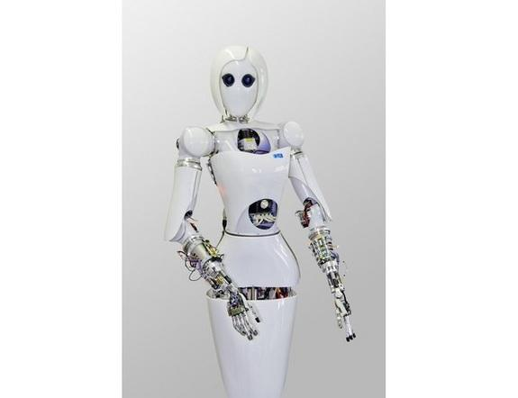 Female Space Robot Learns to Move Like a Human