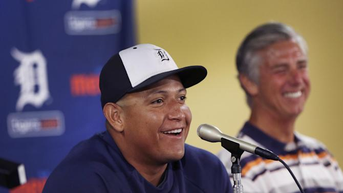 Tigers' Cabrera gets record $292M, 10-year deal