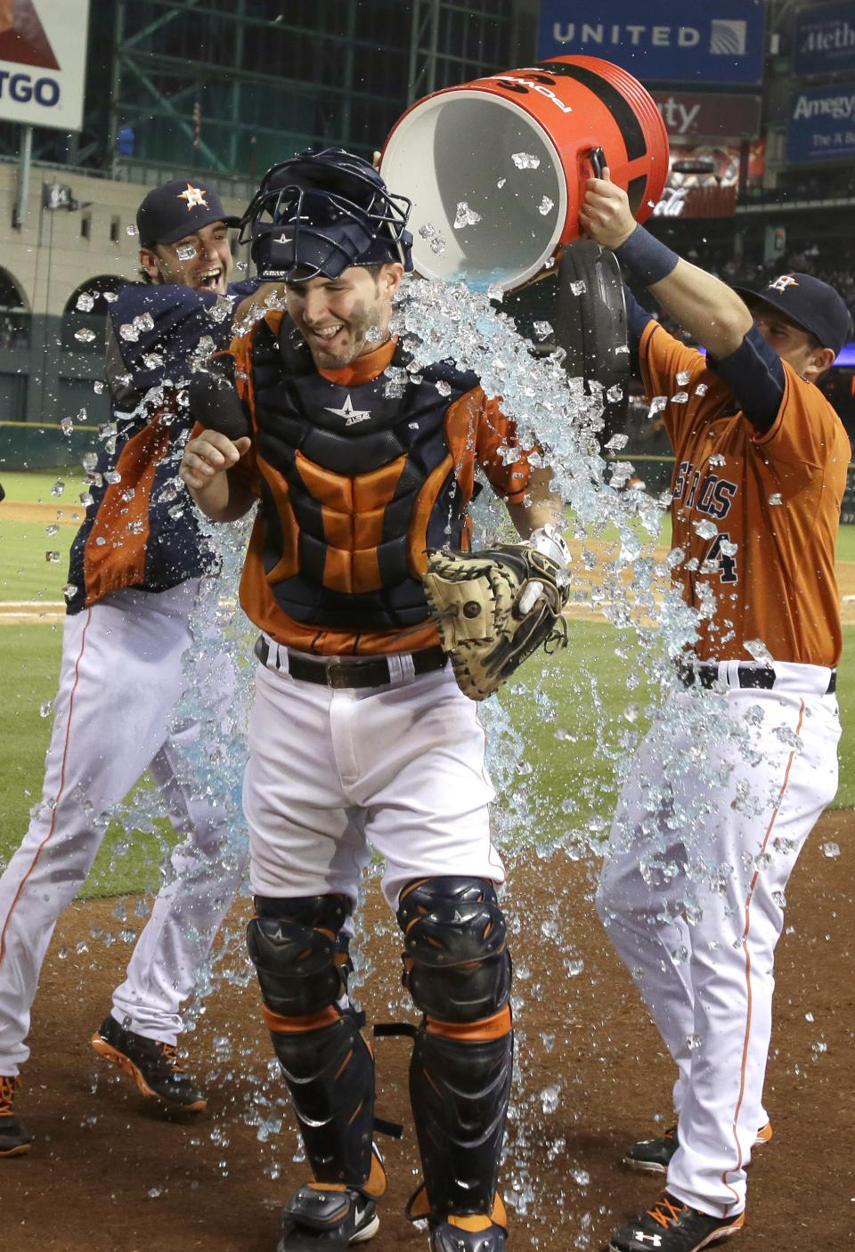 Dominguez hits grand slam, Astros beat Angels 9-7