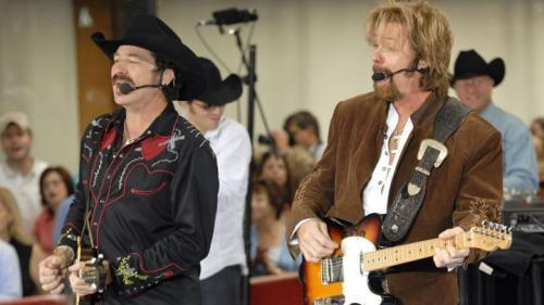 Brooks & Dunn to Reunite for ACM Awards Performance