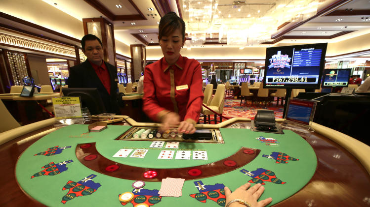 Philippines set to open $1 billion casino-resort