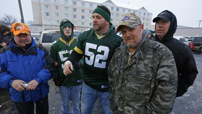 Frequent heartburn sufferer and comedian Larry the Cable Guy, right, tailgates with fans in Green Bay to promote new Prilosec OTC Wildberry and encourage fans to enter the Wild American Flavor Sweepstakes at www.wildberryflavor.com, on Sunday, Dec. 9, 2012 in Green Bay, Wis. (Photo by Matt Ludtke/Invision for Prilosec OTC/AP Images)