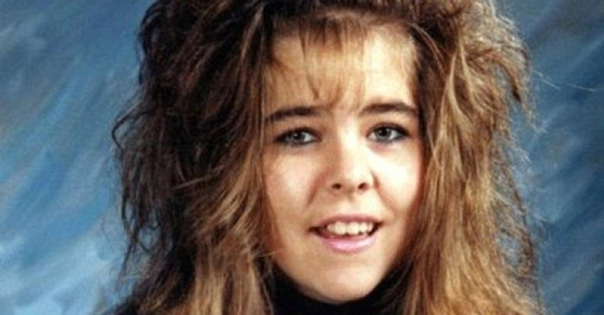 27 Incredibly Tragic Yearbook Photos of All Time