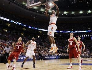 Top-seeded Syracuse beats Wisconsin 64-63