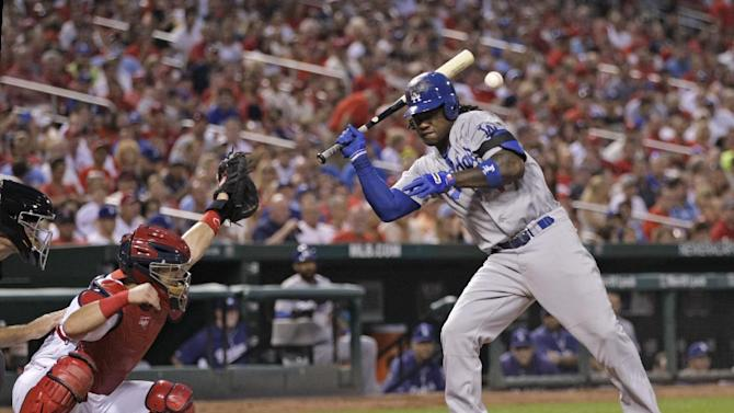 Gonzalez gets key hit, Dodgers beat Cardinals 4-3