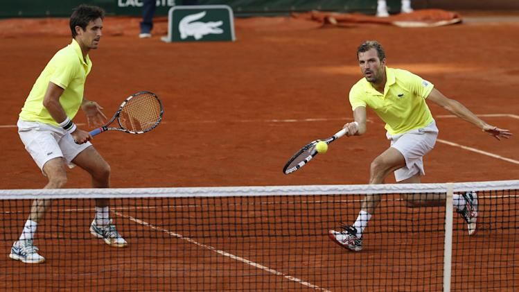 Benneteau, Roger-Vasselin win men's doubles