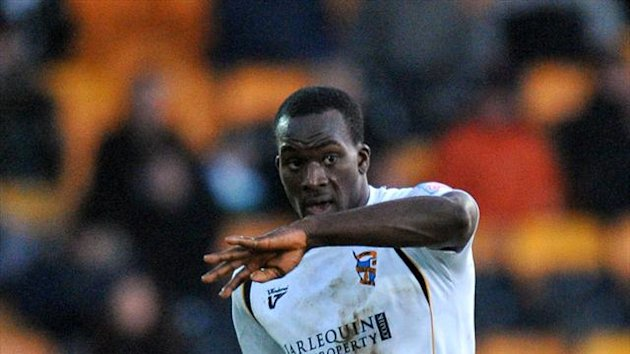 Port Vale have re-signed former player Anthony Griffith on loan