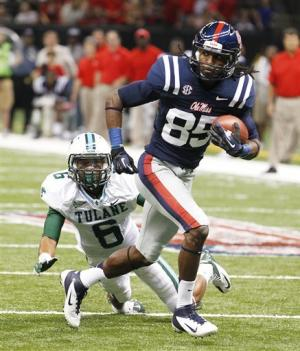 Ole Miss overwhelms Tulane 39-0
