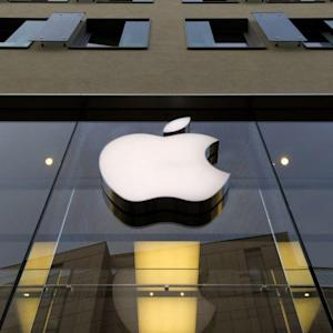 Here's Why Retail Investors Love Apple Stock