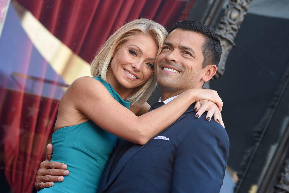 Kelly Ripa and Mark Consuelos' son is 19 now and the internet is freaking out over how attractive he is