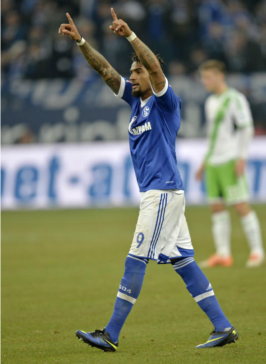 Schalke's Kevin-Prince Boateng of Ghana celebrates after scoring his side's second goal during the German Bundesliga soccer match between FC Schalke 04 and VfL Wolfsburg in Gelsenkirchen,  Ger