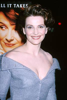 Juliette Binoche at the Beverly Hills premiere of Miramax Films' Chocolat
