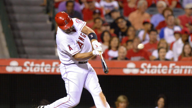 Weaver helps Angels to 8-5 win over Rangers
