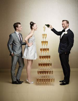 """Macy's """"Weddings with Clinton Kelly"""" Campaign Offers New Resources for Brides-To-Be"""