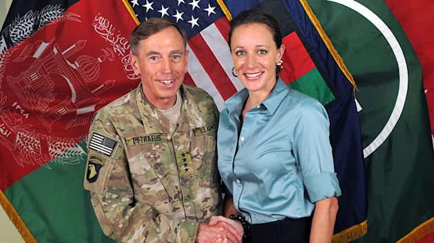 Paula Broadwell Apologizes for Extramarital Affair With David Petraeus (ABC News)