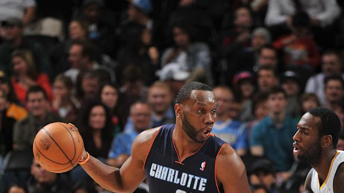 Bobcats beat Nuggets behind Jefferson's 35 points
