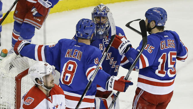 Kreider's early goal leads Rangers over Capitals in Game 2