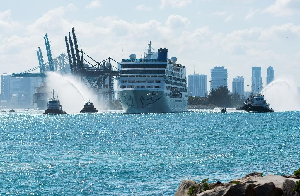 First US-to-Cuba cruise ship in decades sets sail