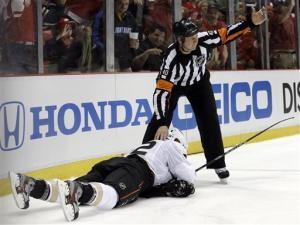 Ducks beat Red Wings 4-0 after Abdelkader's hit